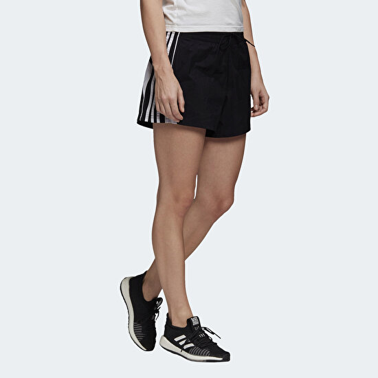 Picture of Colorblocked 3-Stripes Shorts