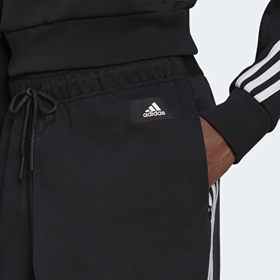 Picture of adidas Sportswear Z.N.E. Wrapped 3-Stripes 7/8 Pants
