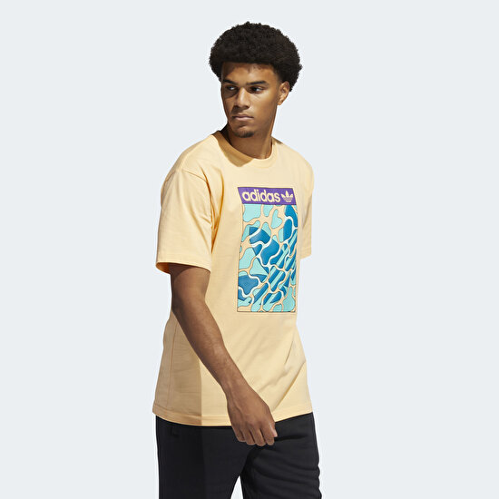 Picture of Summer Tongue Label Tee