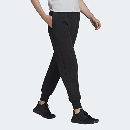 Picture of Karlie Kloss Sweat Pants